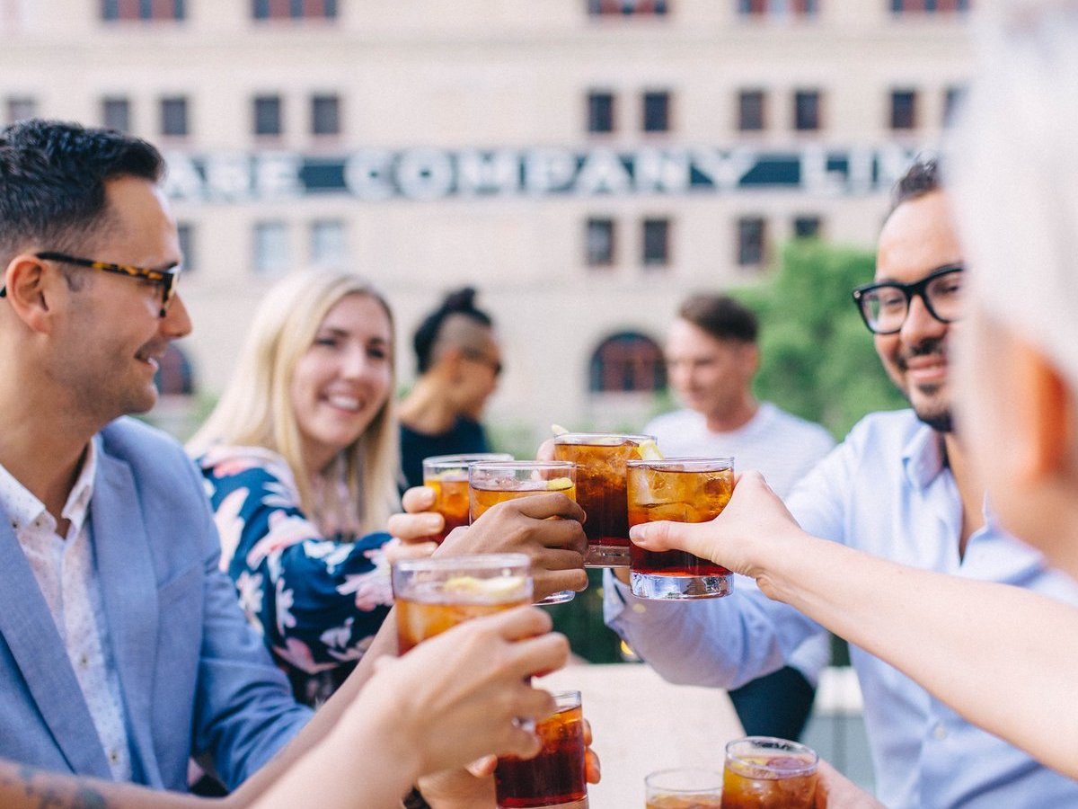 ​Nice, cool drinks to weather Winnipeg's heat and thunderstorms - Cheers to spritz on the rooftop at Forth Bar (photo: Mike Peters)