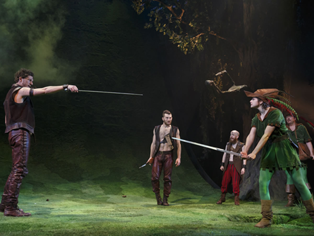 Manitoba Theatre Centre's Robin Hood is a rowdy, hilarious time -