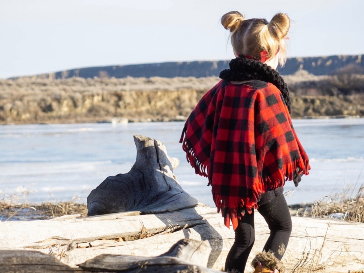 Local shops, books and makers for your little ones in Winnipeg - Sweetkids Clothing Co. designs functional clothing and accessories for babies, toddlers and kids.