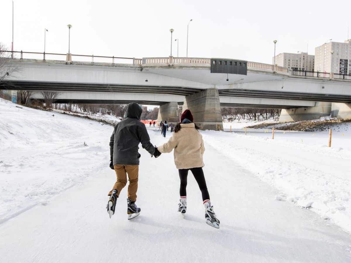 A robust romantic guide for Valentine's Day 2021 in Winnipeg - Holding hands on the Centennial River Trail is peak Valentine's Day in Winnipeg (photo by Mike Peters)