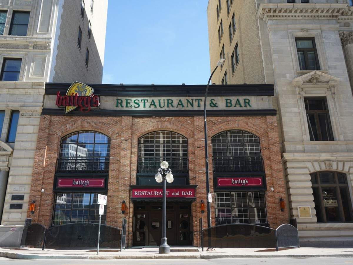 Winnipeg's oldest restaurants continue to serve up history - Bailey's Restaurant & Lounge's dining rooms date back to 1900 (Colin Jackson)