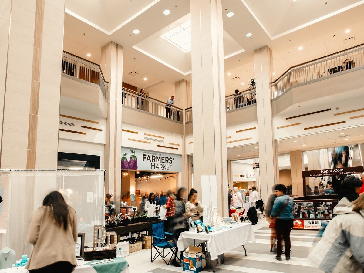 Made-in-Manitoba markets that make supporting local easier than ever - Downtown Winnipeg Farmers' Market 2018. (Photo: Black and Gold Photography)