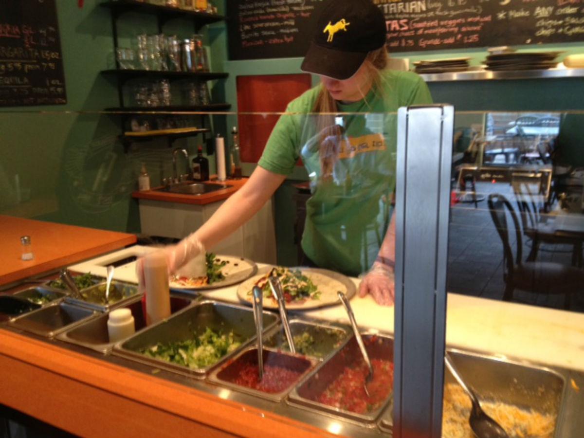 Burrito del Rio: Mexican for the masses - Burrista serving up some hot stuff