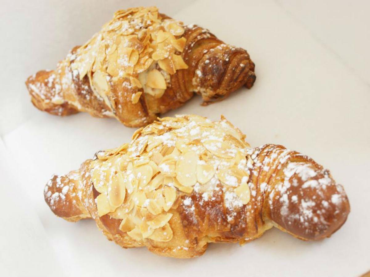 L'Épi de blé: Authentic French Patisserie on North Main - oh so good, crunchy croissants