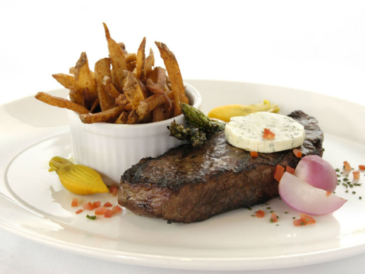 Eat Winnipeg: Supper in the City - Everything you never knew you wanted on your plate with steak.