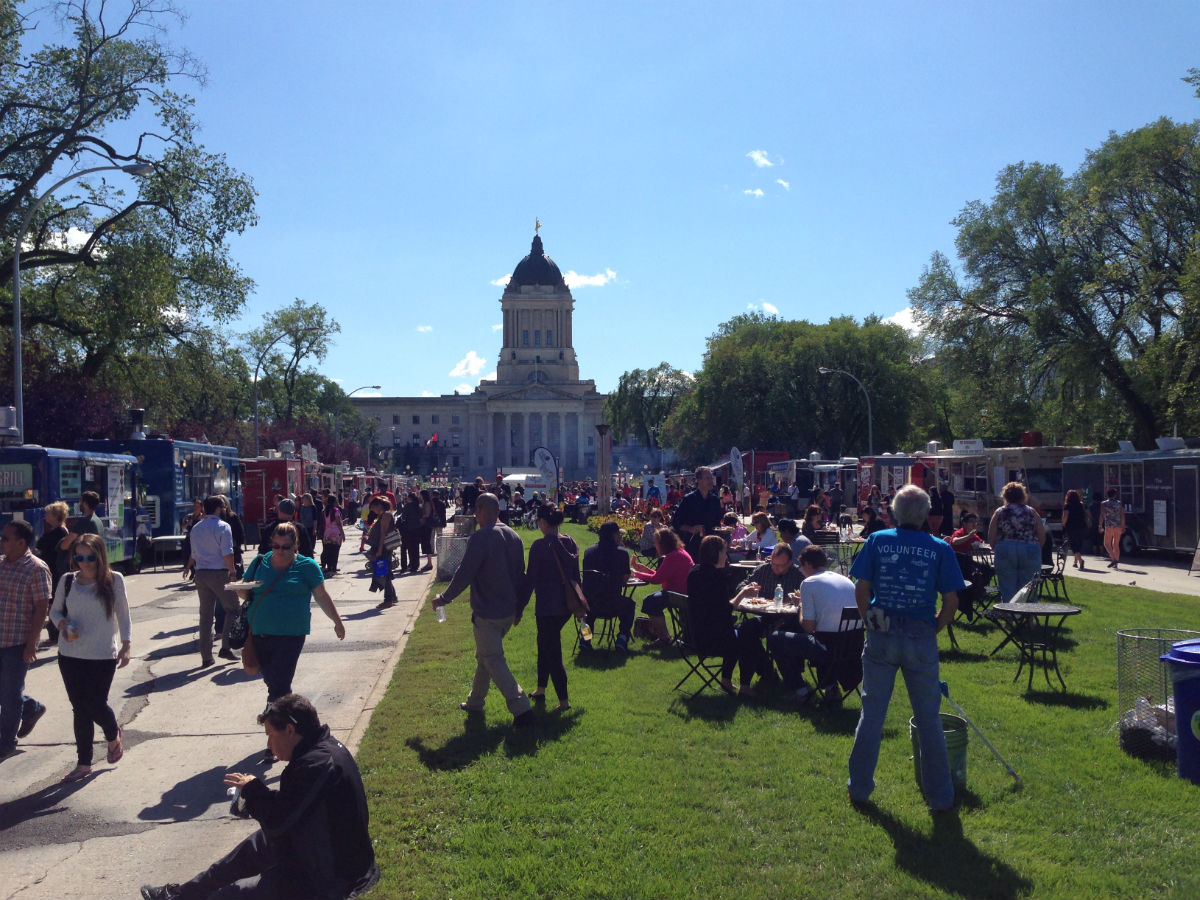 New & Noteable: Manyfest Food Truck Wars - The golden road livened up with 1000's of satisfied fans