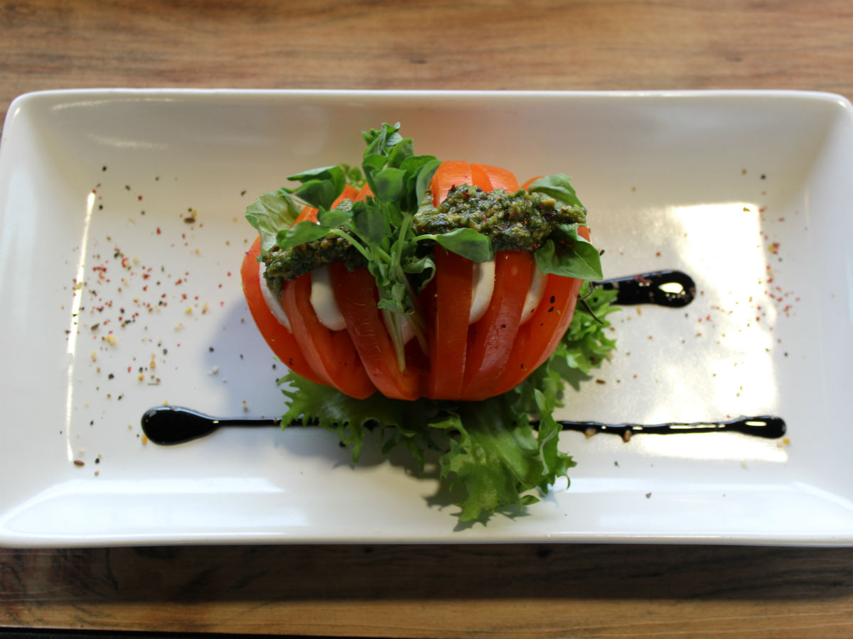 New & Noteable: WAG's Olympus Flavours of Art - A caprese salad wonderfully crafted by the artisans at the WAG