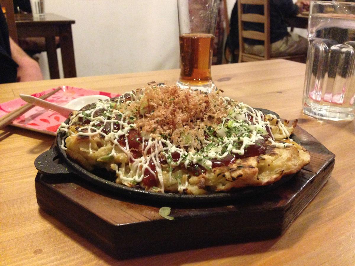 New & Notable: Cutesy Dwarf no Cachette brings Tokyo to Winnipeg - Okonomiyaki at Dwarf no Cachette (PCG)