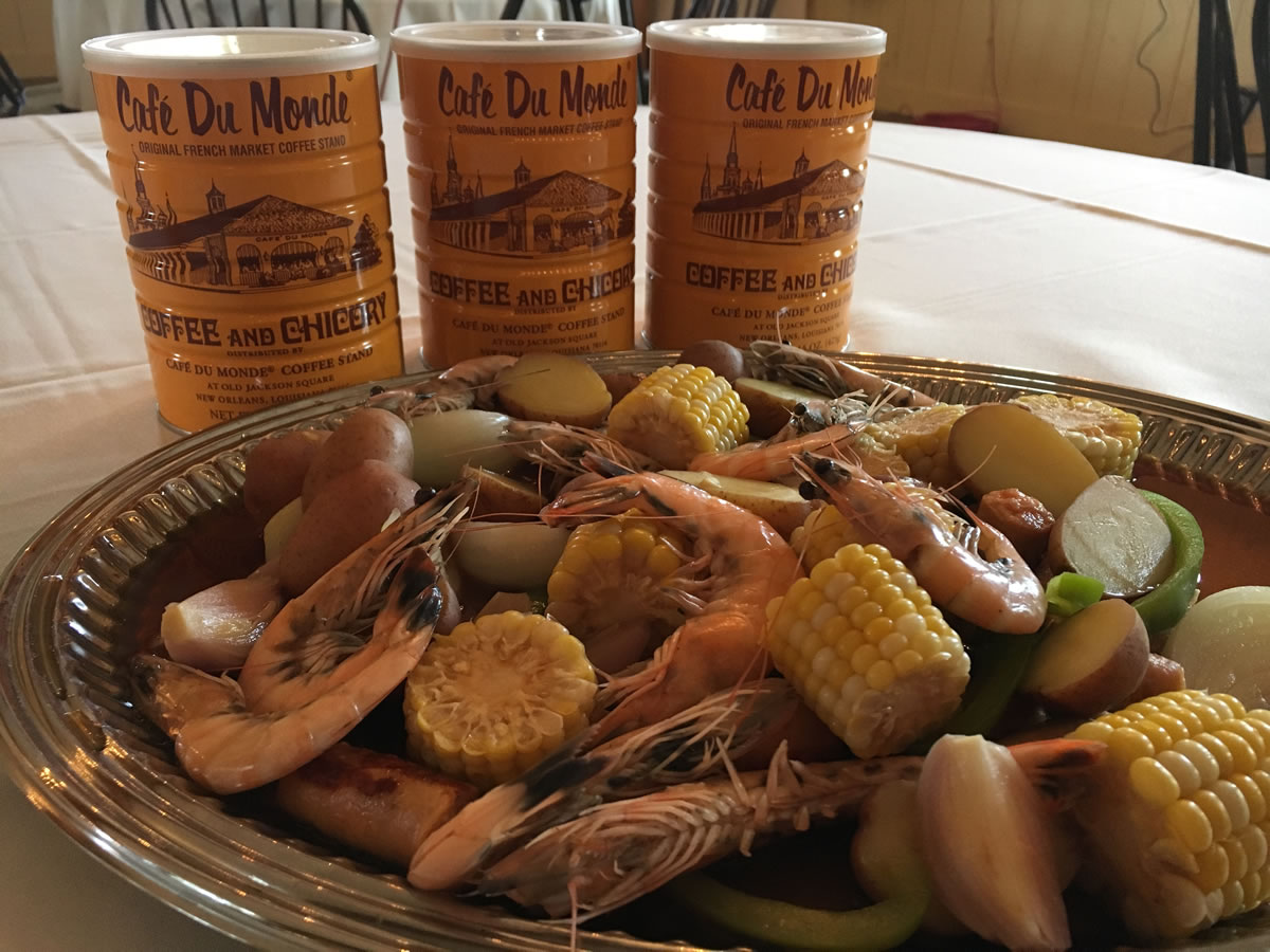 New & Notable: Upcoming Winnipeg Food Events - Shrimp et Légumes - credit Festival du Voyageur