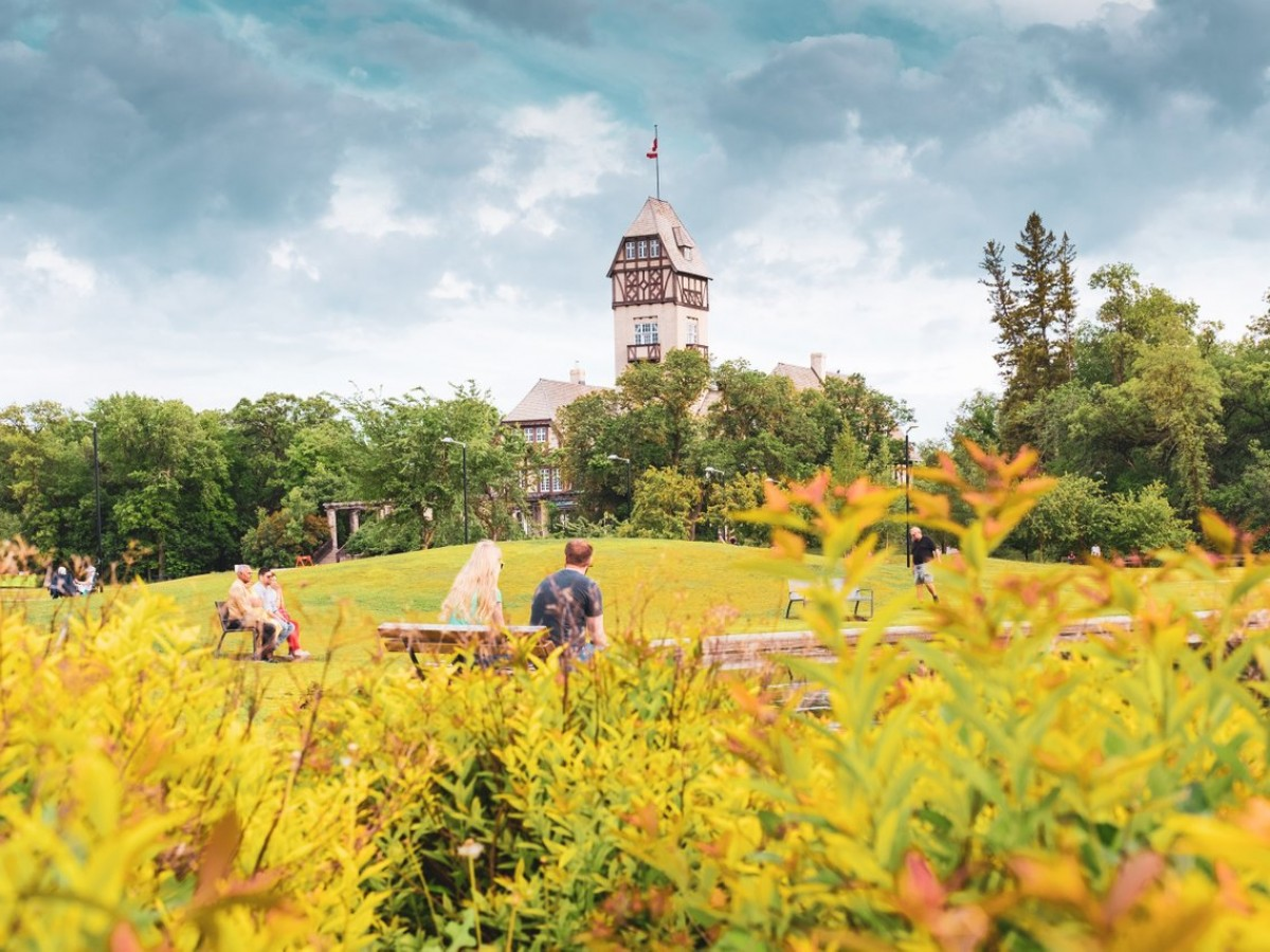 4 places in Winnipeg that prove fall is the best season - Assiniboine Park (photo by Kristhine Guerrero)