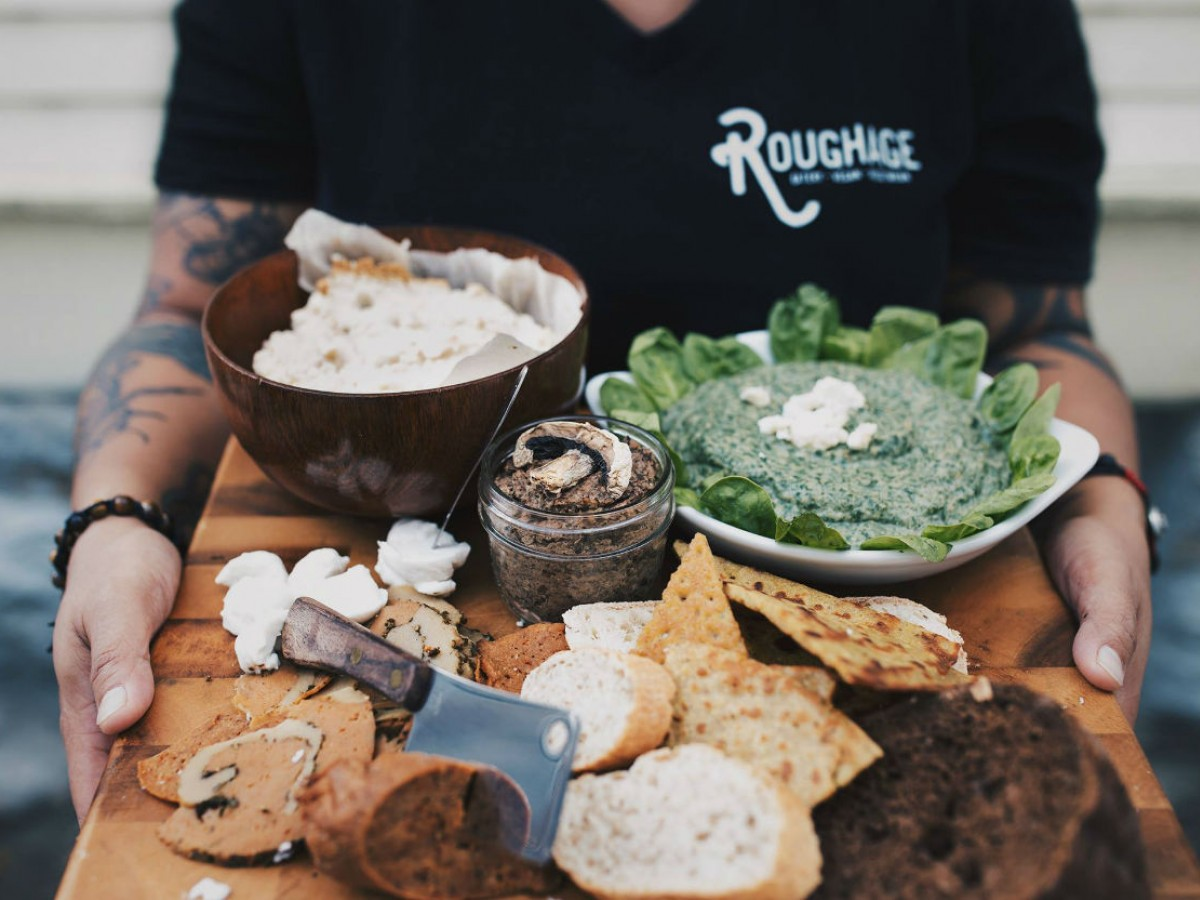 4 new tasty events and spots to experience this October in Winnipeg - A vegan charcuterie board by Roughage Eatery (photo by Hannah Szymańska for Roughage Eatery)