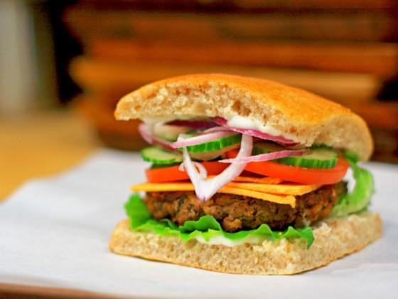 Battle for Burger Supremacy 2014
