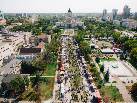 2019 Winnipeg Food Truck Guide