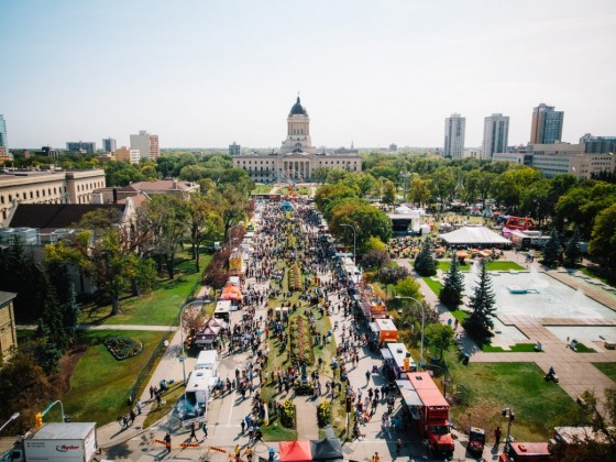 7 sundry & surely sumptuous September culinary events in Winnipeg - ManyFest Food Truck Wars in all its many glories (photo by Mike Peters)