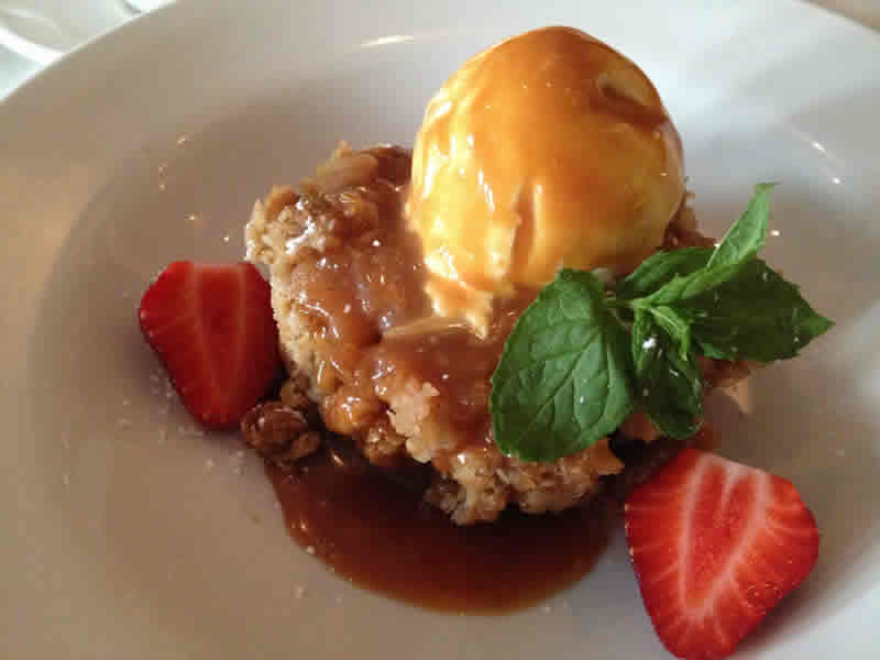Apple crumble with caramel, Fusion Grill. (Photo by Robin Summerfield.)