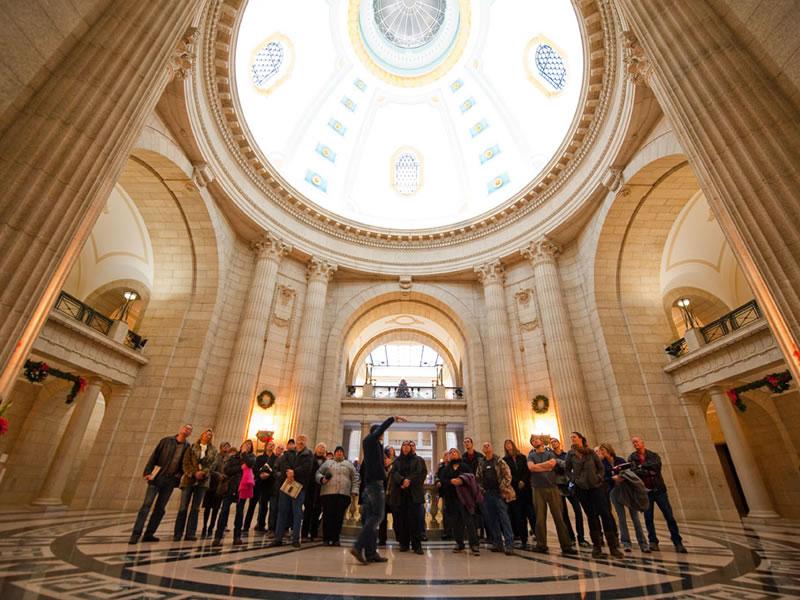 La visite guid&eacute;e <em>Hermetic Code</em> au Palais L&eacute;gislatif du Manitoba